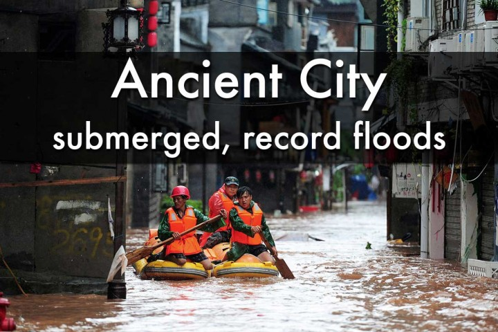 Record floods, submerged Fenghuang ancient town, Hunan province - July 2014