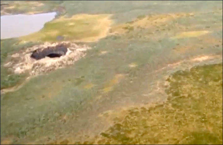 Methane explosion investigated as cause for mysterious Siberian sink hole (Update)